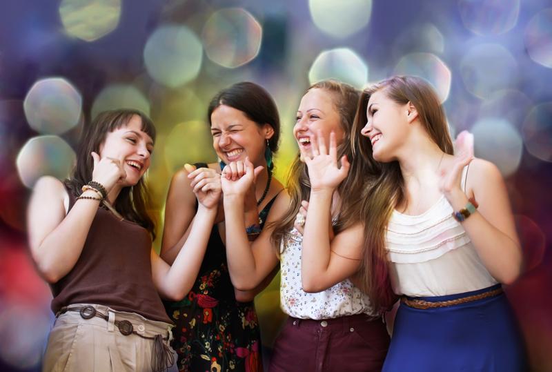 студентки веселятся фото